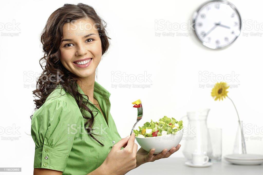 En gardant une alimentation - Photo