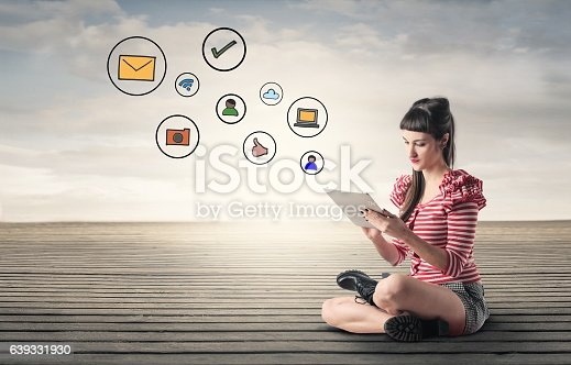 istock Keeping in touch 639331930