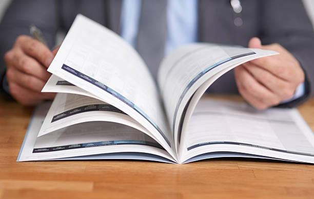 information ist der schlüssel zum erfolg - publikation stock-fotos und bilder