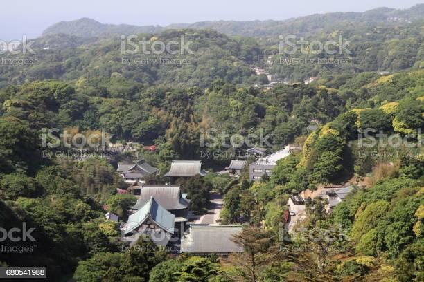 Kencho ji from top of mountain in kamakura kanagawa japan picture id680541988?b=1&k=6&m=680541988&s=612x612&h=ku1ttlt3o9 d4 yomtzsdjun6yaugyegb2kqzxcxmpo=