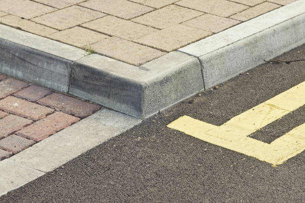 kerb, sidewalk, double yellow line stock photo