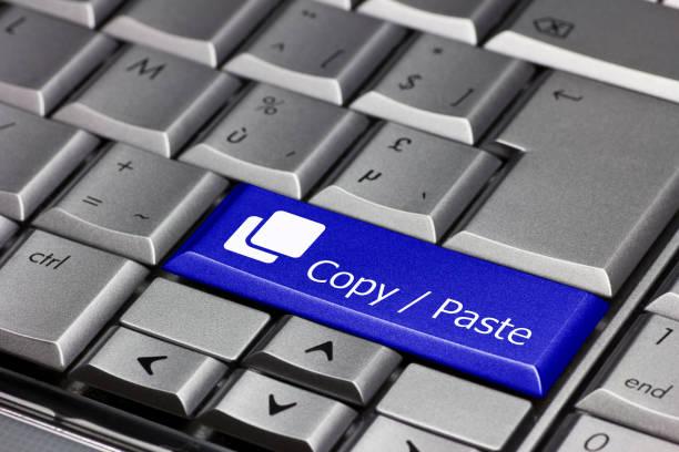 toetsenbord toets blauw - kopiëren / plakken - kopiëren stockfoto's en -beelden