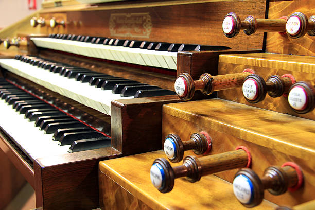 Keyboards of organ Keyboards and pedals of church's organ grand est stock pictures, royalty-free photos & images