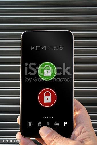 Keyless app smarphone open and close parking door