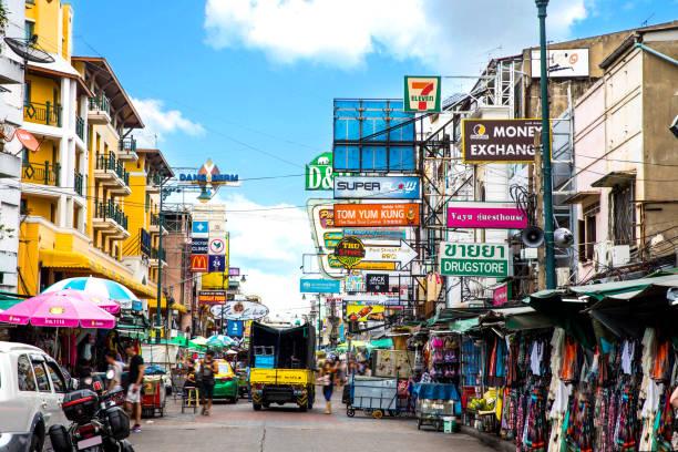 khao san road à bangkok - thaïlande - thaïlande photos et images de collection