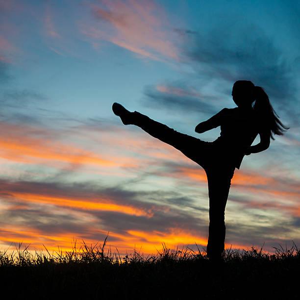 kickboxen - ninja krieger stock-fotos und bilder