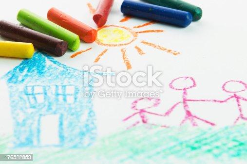 istock Kid drawing 176522853