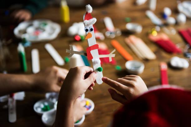 kinder weihnachten diy projekte - diy xmas stock-fotos und bilder