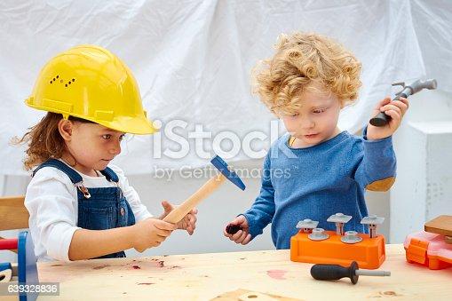 istock Kids future engineers 639328836