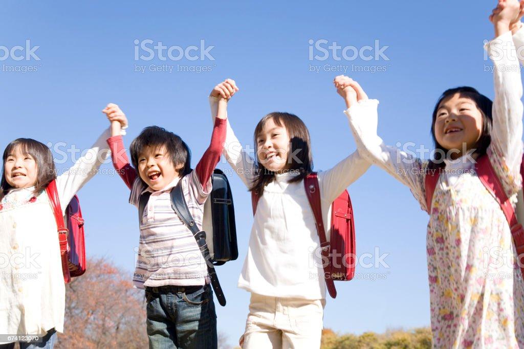 孩子們跳 免版稅 stock photo