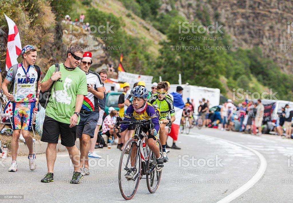 Kids on the Road of Le Tour de France foto
