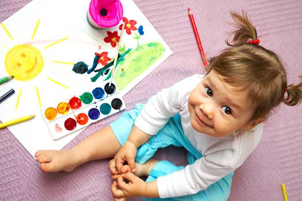 Kinder malen – Foto
