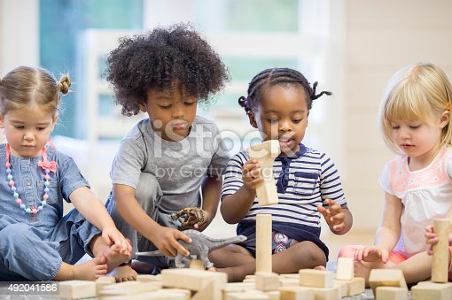 istock Kids Playing with Building Blocks 492041586
