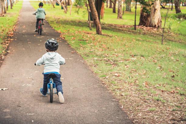 Kinder Fahrrad – Foto