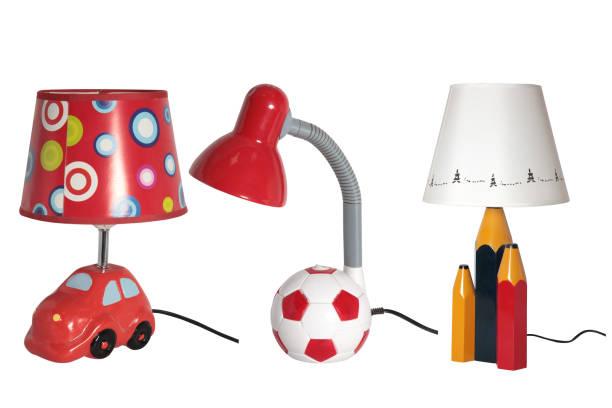 kindertisch lampen - kinderzimmer tischleuchten stock-fotos und bilder