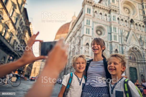 Kids tourists sightseeing florence near the cathedral picture id855305072?b=1&k=6&m=855305072&s=612x612&h=3oqmueymqhlbud12zi62vhisipadj8j82 5qo9bnsbe=