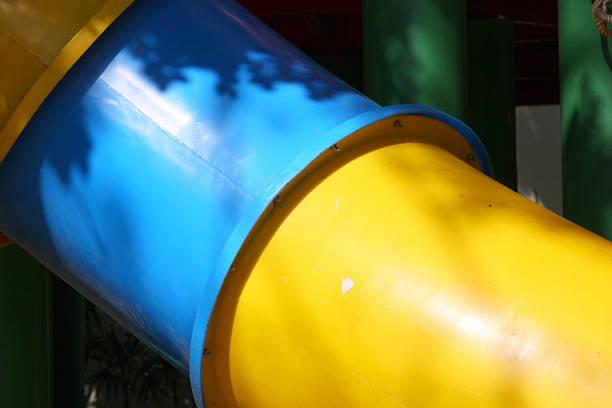 kinder-tunnel - tunnelkamin stock-fotos und bilder