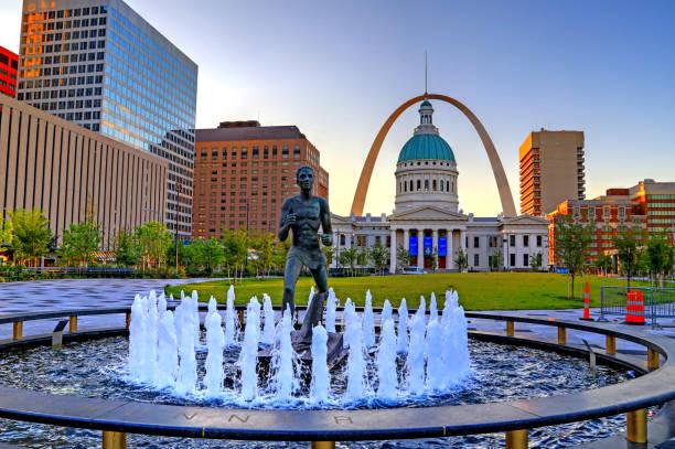 納爾廣場和拱門在聖路易斯,密蘇里州 - st louis 個照片及圖片檔