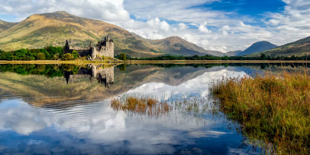 kilchurn castle ruins on loch awe, scotland - castle stock pictures, royalty-free photos & images