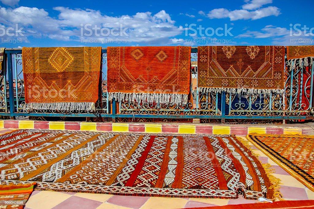 Tappeti Kilim Marocco : Tappeti kilim e fotografie stock e altre immagini di arti e