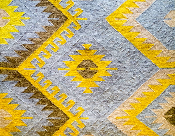kelim teppich detail - teppich geometrisch stock-fotos und bilder