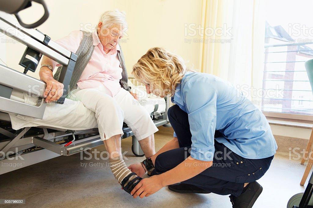 Art Pflege für Ältere Frau – Foto