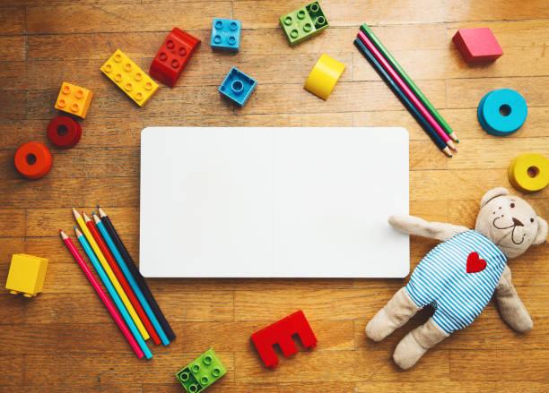kindergarten oder vorschule hintergrund. - mittelschule bücher stock-fotos und bilder
