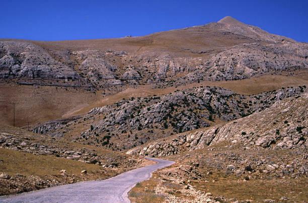 king antiochos mausoleum in nemrut mountain stock photo