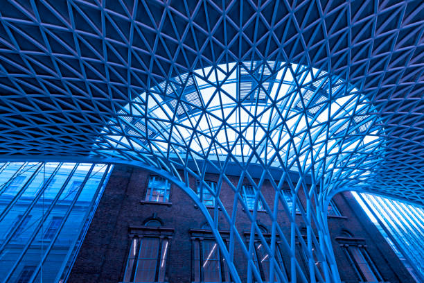 Kings Cross and St Pancras Station Kings Cross and St Pancras Station, London, UK crisscross stock pictures, royalty-free photos & images