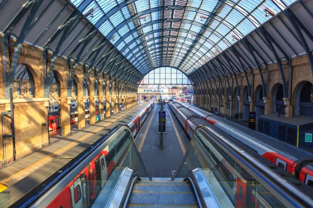 King's Cross Station, Platform 9 3/4 | Harry Potter stock photo
