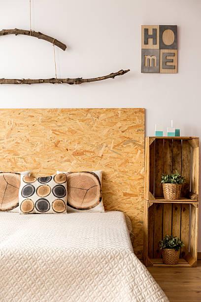 king-size bed in a bedroom - do it yourself hochbett stock-fotos und bilder