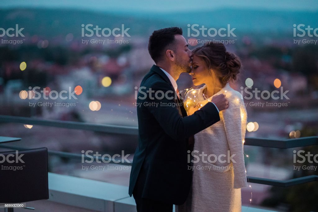 Beso de amor - foto de stock
