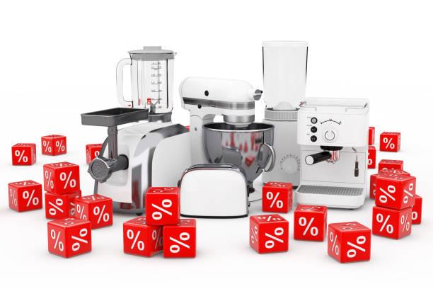 peralatan dapur sudah siap. white blender, toaster, mesin kopi, meat ginder, food mixer dan coffee grinder dengan red discount percent cubes. rendering 3d - food chopper potret stok, foto, & gambar bebas royalti