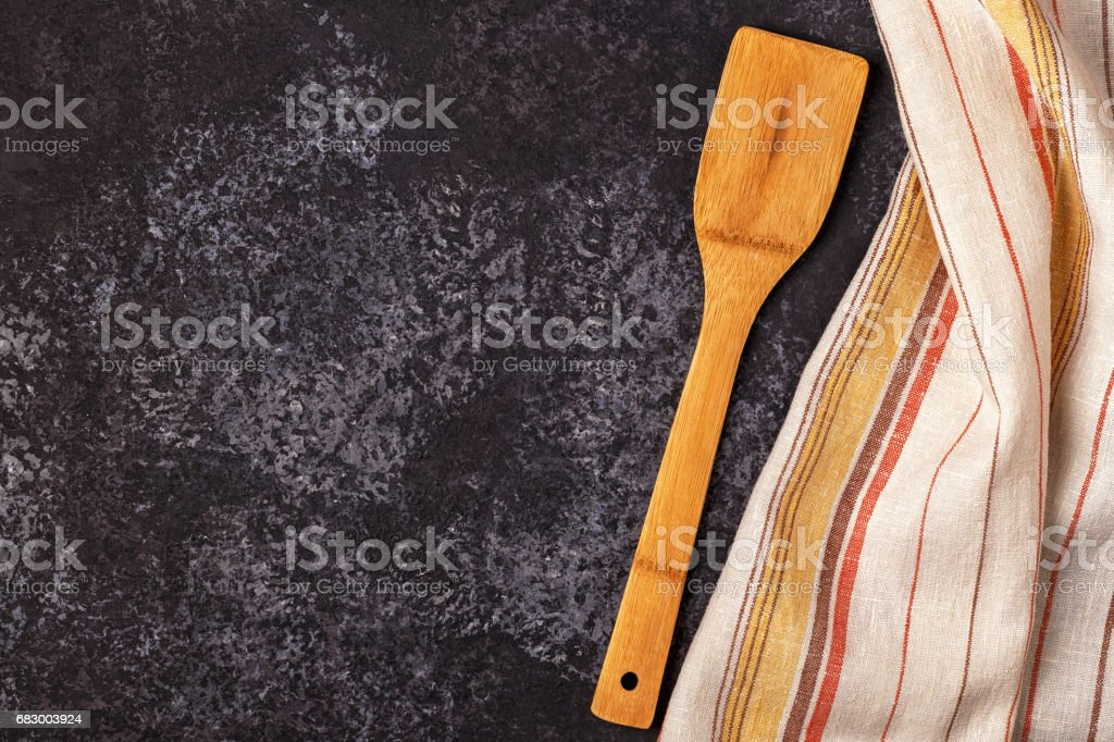 Kitchen background with towel and cooking tools foto de stock royalty-free