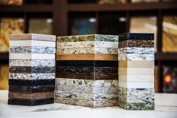 keuken teller bovenste kleur monsters, graniet, marmer en quartz - steen bouwmateriaal stockfoto's en -beelden