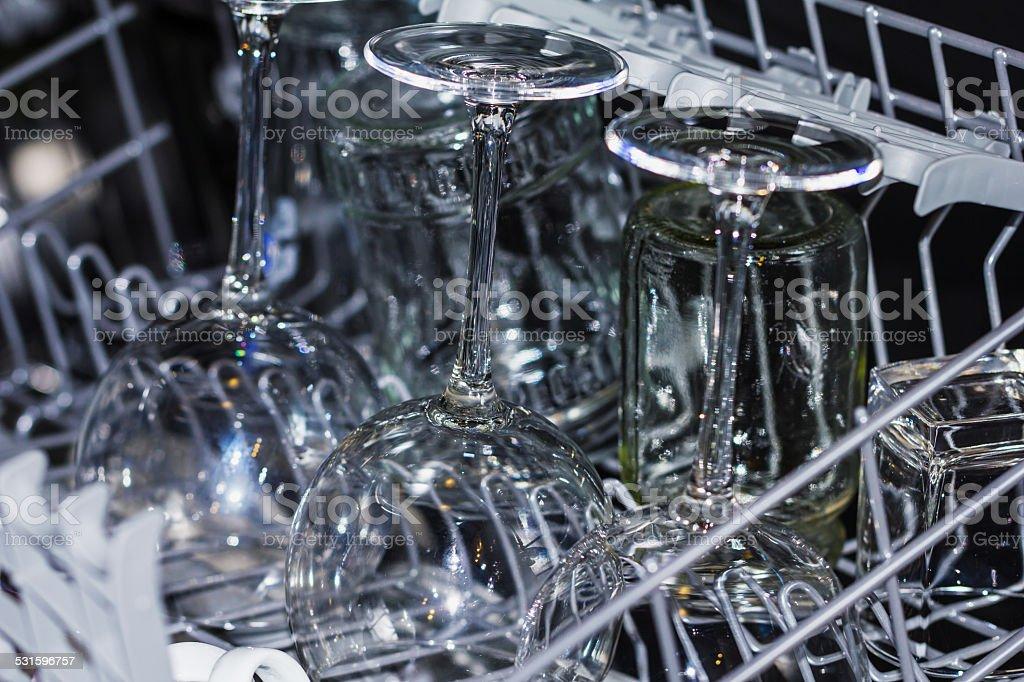 Küche Geschirrspüler mit Wein Gläser - Lizenzfrei 2015 Stock-Foto
