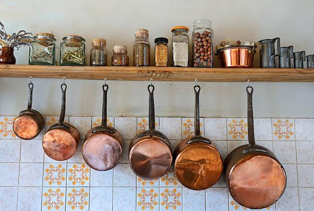 kitchen four - steelpan pan stockfoto's en -beelden