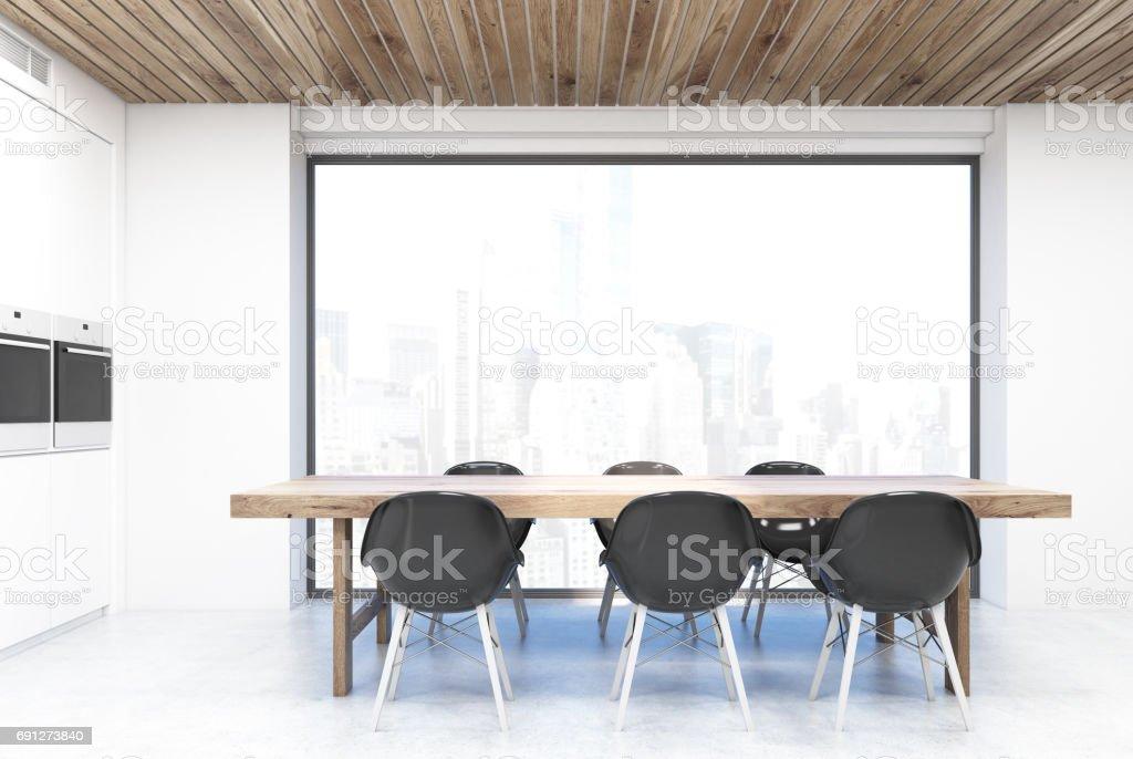 Kuchentisch Und Grosse Fenster Stockfoto Und Mehr Bilder Von Dekoration Istock