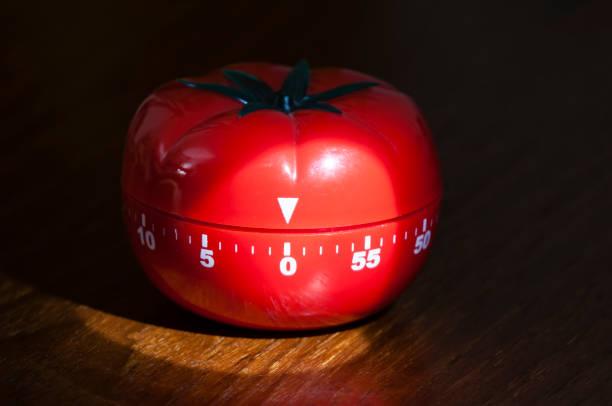 Temporizador de cocina para cocinar y trabajar - foto de stock