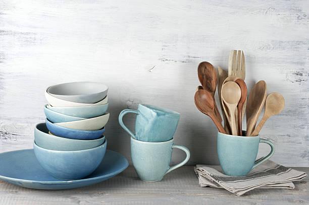conjunto de utensílio de cozinha - cerâmica artesanato - fotografias e filmes do acervo