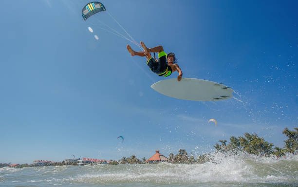 Kite boarding. - foto de stock