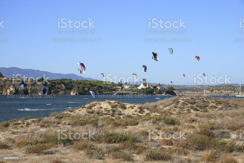 Kite Surfers 1 - fotografia de stock