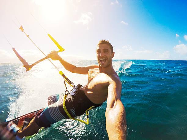 kiteboarding, extereme esporte - esporte aquático - fotografias e filmes do acervo