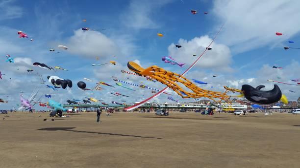 Drachen am Strand von Southport – Foto