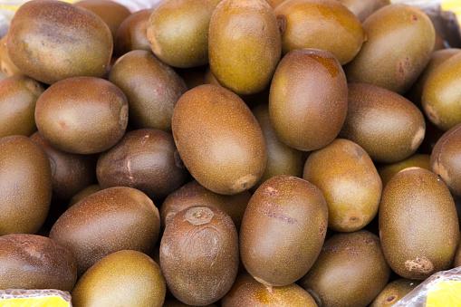 Preserved kiwi fruit background