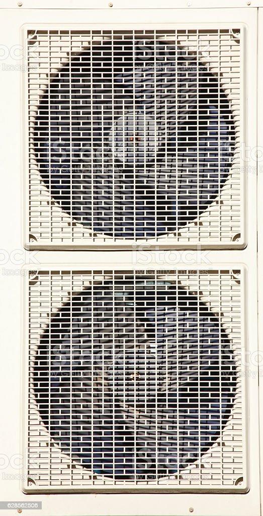 Klimaanlagen an Außenwand, stock photo