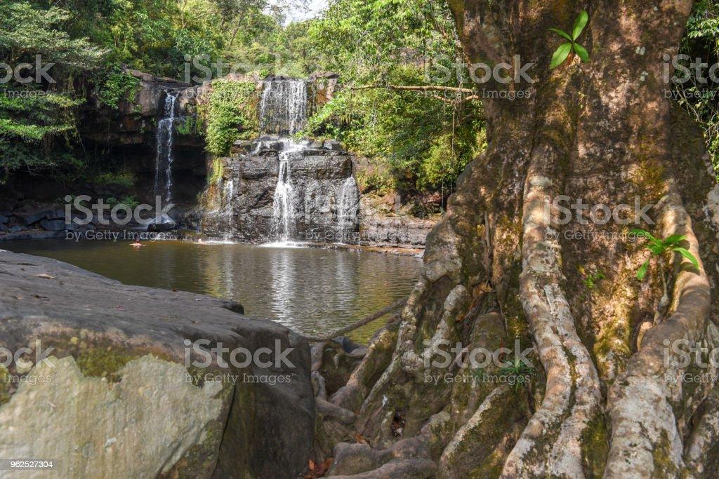 Cachoeira de Klongchao, na ilha de Koh kood, Tailândia - Foto de stock de Beleza royalty-free