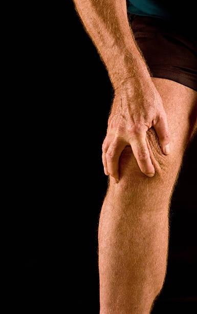 膝の痛み - 脛 ストックフォトと画像