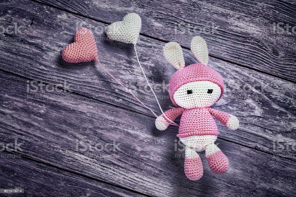 Knitted Bunny rabbit amigurumi - foto de stock