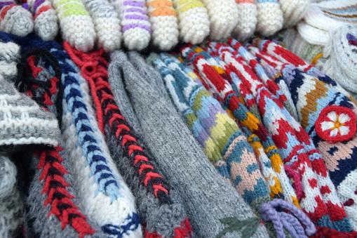 Warm Und Weich Gestrickt Aus Wolle Hausschuhe Und Socken